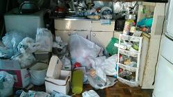汚いキッチン